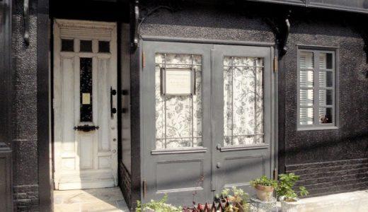アンティークドア施工事例|特別な空間への入り口を感じさせる玄関ドア