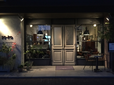 アンティークドアを日本仕様にカスタマイズ|大分のアンティークショップ